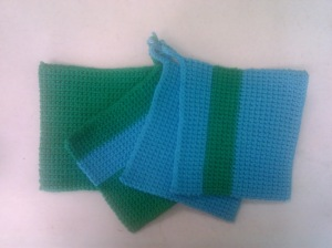 Lily Sugar'n Cream Hot Blue and Mod Green potholders